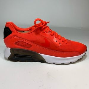 Nike Women's Air Max 90 Ultra Essential Size 7.5